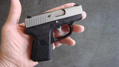 Click image for larger version.  Name:1-KAHR P380 also.jpg Views:17 Size:18.3 KB ID:65175